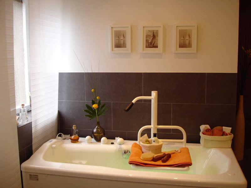 Vasca Da Bagno Altezza Standard : Vasca da bagno ospedaliera elettrica con sedile elevatore