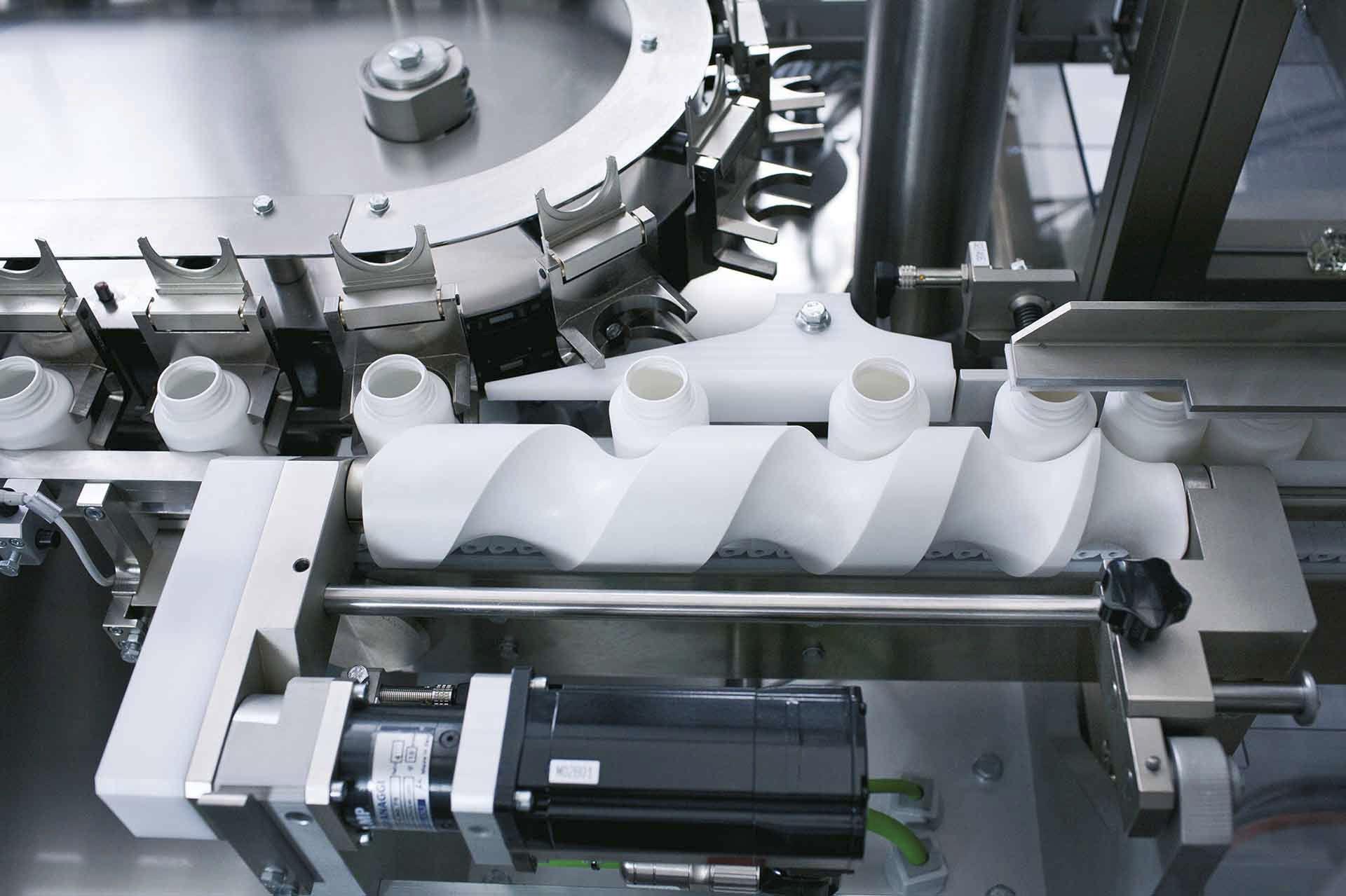 abc206a7c5e inscatolatrice continua   verticale   per blister   per l industria  farmaceutica ...