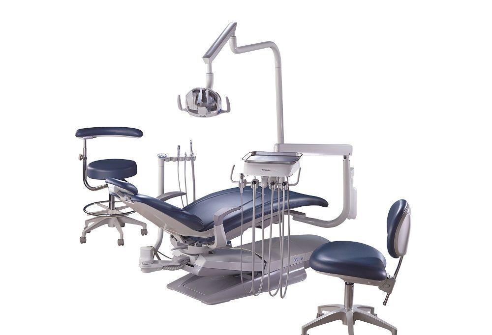 Sgabello per studio odontoiatrico per ambulatorio ad altezza