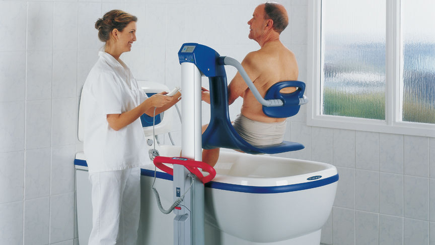 Vasca Da Bagno Altezza Standard : Vasca da bagno ospedaliera elettrica regolabile in altezza con