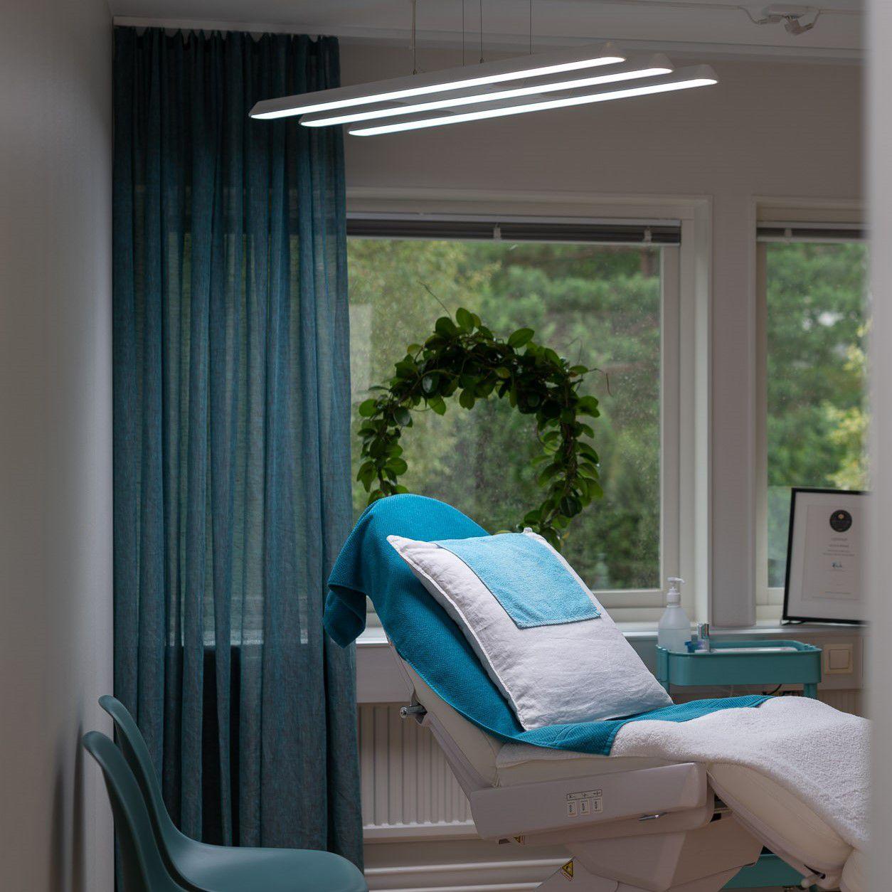 Illuminazione da soffitto medicina estetica da laboratorio