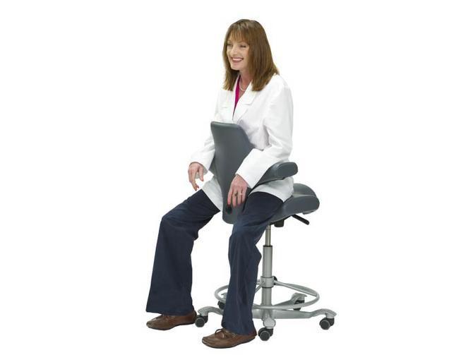 Sgabello per ambulatorio ad altezza regolabile con schienale