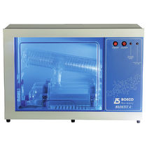 Distillatore d'acqua da laboratorio