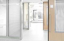 Porta da laboratorio / per ospedale / a corsoio / a vetrina
