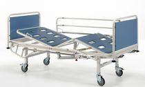 Letto per ospedale / meccanico / con rotelle / a 3 sezioni