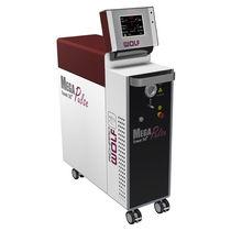 Laser per sala operatoria / per litotripsia / Ho:YAG / su carrello