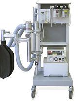 Sistema per anestesia per animali di grossa taglia / su carrello
