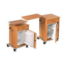 Comodino con rotelle / con vano frigorifero / con tavolino servitore integrato