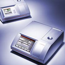 Refrattometro digitale / per l'industria cosmetica / per l'industria farmaceutica / per l'industria agroalimentare