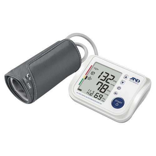 tensiometro elettronico automatico / per braccio / con risposta vocale