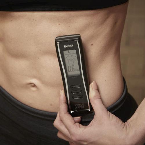 analizzatore di composizione corporea per misurazione del grasso / con display digitale / portatile