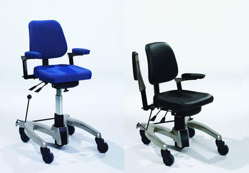 Sedie Da Ufficio Con Rotelle : Sedia da ufficio per mensa con braccioli con rotelle