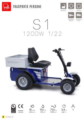 S1 veicolo elettrico trasportatore con uomo a bordo