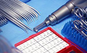 Strumentario per chirurgia ortopedica
