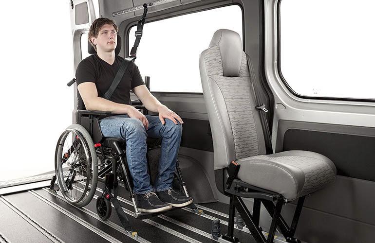 Cinghia di fissaggio per sedia a rotelle Autoadapt per