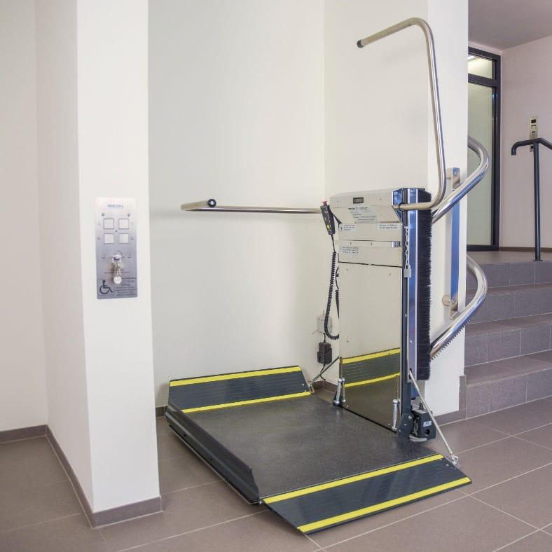 Montascale per sedia a rotelle - Stratos - Lehner ...