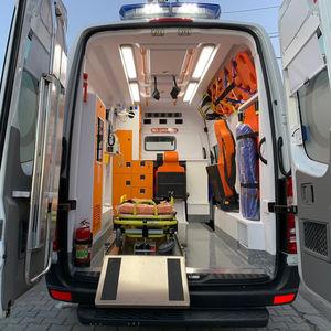 ambulanza furgone / tipo B / tipo A / tipo C