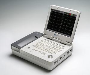 elettrocardiografo 12 canali / digitale / con stampante / con monitor