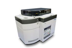 analizzatore di chimica clinica automatico