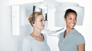 sistema di radiografia panoramica / sistema di radiografia cefalometrica / digitale / a pavimento