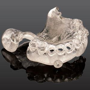 materiale odontoiatrico ortodontico / biocompatibile / trasparente / provvisorio