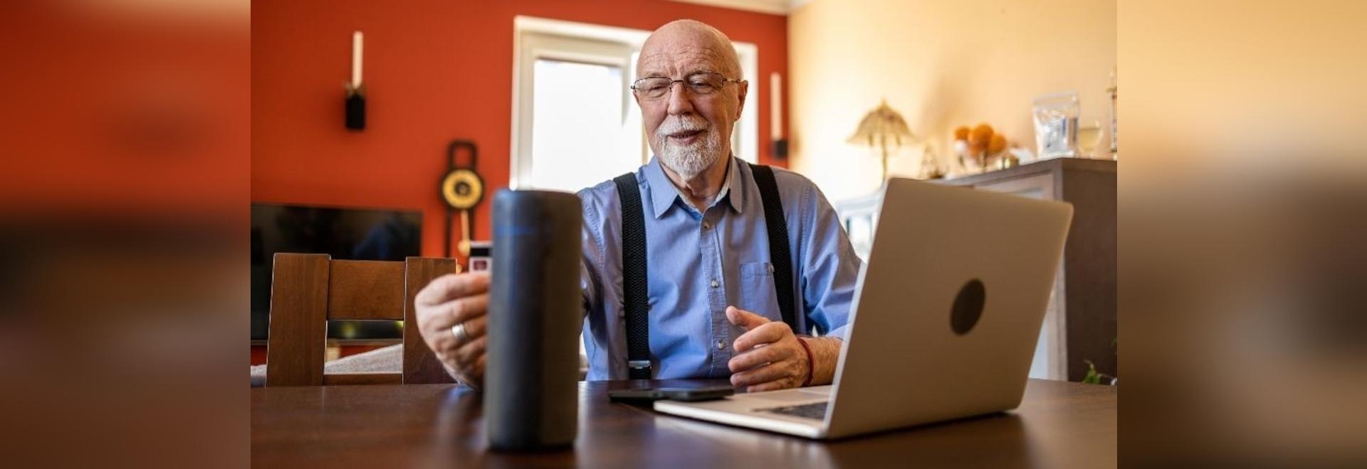 Uno studio osserva gli anziani e la tecnologia intelligente
