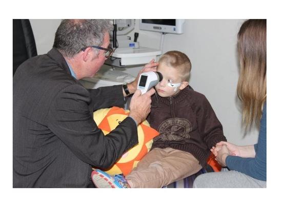 Scanner oculare portatile per rilevare il disturbo dello spettro autistico