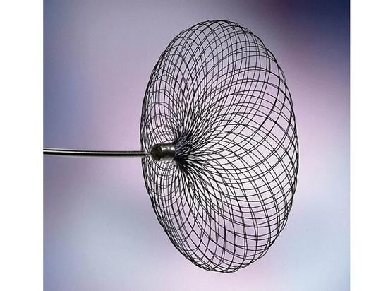 Contour tratta gli aneurismi cerebrali utilizzando un unico dispositivo
